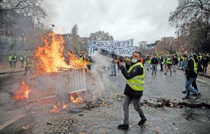tribune 22 février émeutes violences